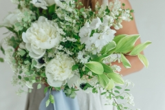 wedding-florist-minnesota-wedding-white-bouquet-something-blue-wedding-ideas-blue-ribbon-bouquet-european-wedding-idea-wedding-idea-rose-and-laurel-french-blue