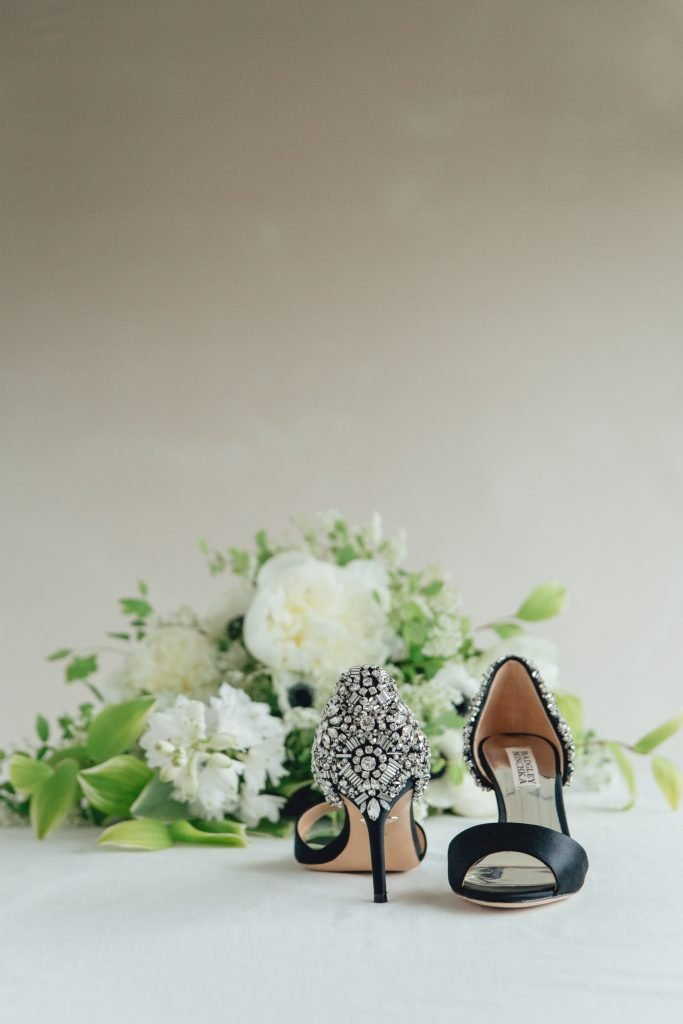 rose-and-laurel-black-luxury-bridal-shoes