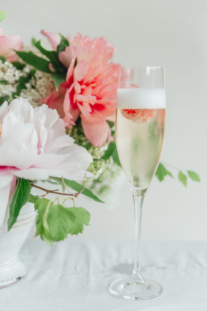 rose_and_laurel_shades_of_pink_wedding_ideas_raspberry_champagne